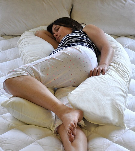 Superior Unique Total Body U Shaped Pregnancy Pillow with Cream Cover Made by Bedding Direct UK in Britain