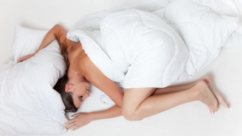 best sleeping positions for sciatica relief